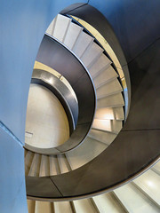 Central Staircase, Wellcome Collection, London, England (duaneschermerhorn) Tags: gallery museum collection art medicine stairs steps stairway staircase circular spiral circularstairway spiralstairway spiralstaircase architecture interior architect buliding