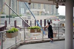 people in the city (Steve only) Tags: konica hexar rf minolta mrokkorqf 12 f40mm 402 f2 40mm rangefinder fujifilm 富士業務紀錄用カラーフィルム100 100 film epson gtx970 v750 snaps peopleinthecity
