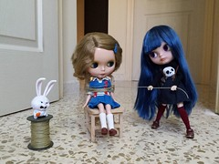 """Mom: """"Sally, what are you doing with your new sister?"""" Sally: """"Mommy, the rabbit told me that she isn't like my other sisters and me and I want to protect them"""" • • #blythe #ブライス #blythedoll #japandolls #japandoll #blythetbl #blythelover #blythecollector (Candy Apple Doll) Tags: dollphotography blythecustomizer ブライス instablythe frenchtrench blythecustom dollphoto blythecollector boneca blythetbl doll blythedoll blythetagram blythestagram blythelover blythecustomdoll japandolls japandoll dollcollector takara blythe blythetakara bigeyesdoll candyappledoll bigeyes"""