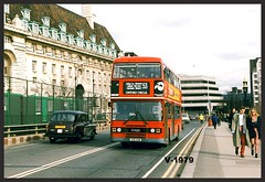 L 116 Leyland Olympian. ((Stop) The Clocks) Tags: people leyland l116 c116chm westminsterbridge fx4taxi londontaxi london selkent ecw leylandolympian londonbuses stagecoachselkent
