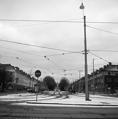 Ostindiegatan (rotabaga) Tags: sverige sweden svartvitt göteborg gothenburg blackandwhite bw bwfp mediumformat mellanformat ilford 6x6 120 diy r09
