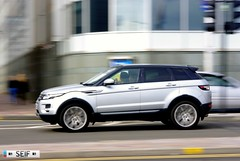 Range rover Evoque Glasgow 2015 (seifracing) Tags: rescue cars scotland europe cops traffic britain glasgow transport scottish police voiture vehicles nhs bmw british trucks van emergency bomberos spotting recovery strathclyde brigade ecosse 2015 seifracing