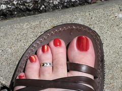 Covergirl | Rough Red (markrudolph203) Tags: red man color guy feet girl make foot toes day toe sandals nail polish dude fungi nails cover fungus rough avon sandal toenails covergirl toenail enamel enamal