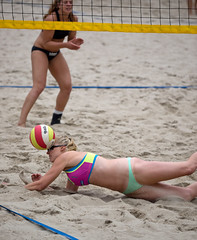 O7124600 (roel.ubels) Tags: beach sport nijmegen beachvolleyball volleyball volleybal eerste beachvolleybal 2015 topsport divisie