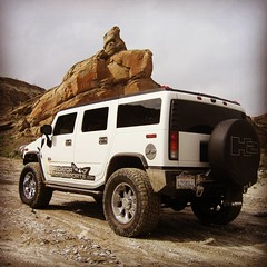 "Have a safe day on the trail today! Last day of the weekend. Live life to the Max! @maxsringoffire #hummerlife #h2 • <a style=""font-size:0.8em;"" href=""http://www.flickr.com/photos/51336812@N07/19805092046/"" target=""_blank"">View on Flickr</a>"