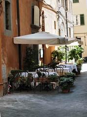 Italian Street Restaurent Lucca 2015 097 (saxonfenken) Tags: 97italy 97 streetrestaurant lucca italy narrowstreet pregamesweep tablesandchairs friendlychallenge gamewinner thechallengefactory