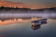 Misty Dawn, Loch Rusky, Scotland (ajnabeee) Tags: trees sky orange mist fish reflection water beauty clouds forest sunrise relax boats dawn scotland fishing quiet peace calm loch relaxation enlightenment trossachs contemplation aberfoyle enlighten rusky lochrusky