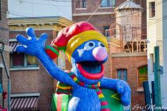 Grover (disneylori) Tags: grover sesamestreet christmas universalstudios universalorlando universalstudiosflorida universalorlandoresort