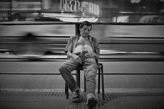(Claudio Blanc) Tags: street streetphotography fotografiacallejera fotografianocturna fotografíacallejera buenosaires argentina blackandwhite blancoynegro bn bw streetportrait streetcandid