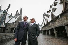 Mayor Eric Garcetti announcing new tourism, trade, and air-travel records at The Wizarding World of Harry Potter with Councilmember Paul Krekorian, and leaders from the L.A. Tourism & Convention Board, Los Angeles World Airports, and the Port of L.A.