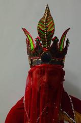 (Benoms) Tags: pastorela tradición costumbre méxico colima indígena religión benoms comala el naranjal niños niñas espejo reflejo reflection documental foto photography luzbel hombre traje demon demonio maldad sueños dreams malice