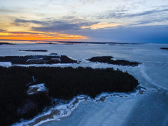 Långskäret (ArtDvU) Tags: långskäret finland vaasa ostrobothnia baltic sea kvarken winter ice sunset afternoon dji drone clouds malskärs potten