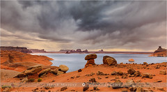 Padre Bay - Lake Powell - USA (~ Floydian ~ ) Tags: arizona usa cloud storm clouds canon landscape utah wind badweather lakepowell padrebay floydian canoneos1dsmarkiii henkmeijer cookiejarbutte