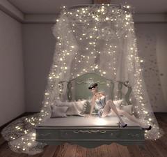 My guests must have somewhere comfortable to sit. (gwen.enchanted) Tags: maitreya catwa avenge emotions wiccaswardrobe aisha mandala mesange colescorner empyreanforge violetility deathrowdesigns