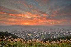 埔里●虎頭山~彩雲飛~  Sunset (Shang-fu Dai) Tags: 台灣 taiwan nikon d800e afs1635mmf4 南投 埔里 虎頭山 日落 夕陽 火燒雲 雲彩 sunset landscape formosa nantou