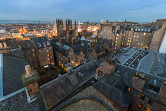 Rooftopping in the Old Town (Kyoshi Masamune) Tags: rooftopping edinburgh uk scotland kyoshimasamune roof oldtown newtown balmoralhotel balmoralclock caltonhill nelsonmonument nationalmonumentofscotland royalmile princesstreet christmas edinburghchristmas theoldcollege universityofedinburgh cameraobscura ultrawideangle wideangle cokinfilters cokinnd8 bluehour chimneypots kingdomoffife fife northsea ferriswheel starflyer