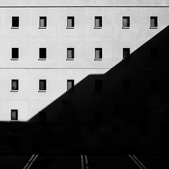 Deep Shade (shutterclick3x) Tags: urban bw blackandwhite building windows frankloose lightandshadow