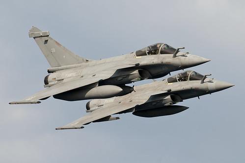 A pair of Aéronavale Dassault Rafale M