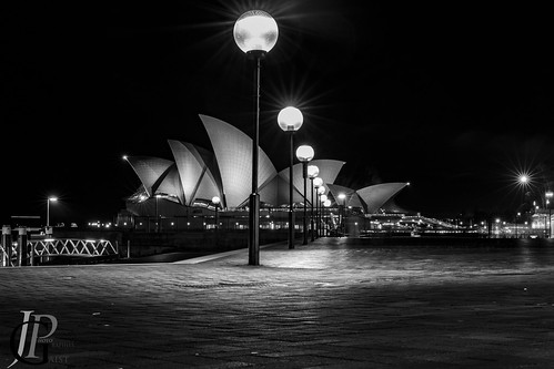 To go to Sydney Opera house, just follow the light!