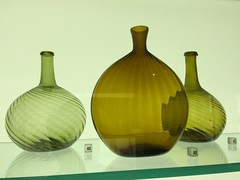 Glass Vases (sfPhotocraft) Tags: green glass museum vases philadelphiamuseumofart greenglass breakable