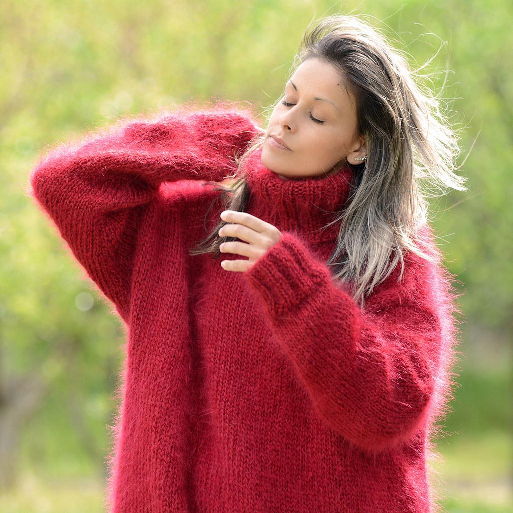Woolen Sweater For Ladies