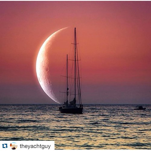Have a great night!!😘😗🌄 #Repost @theyachtguy with @repostapp. ・・・ Sailor Moon | Photo By @aslihan_mertoglu