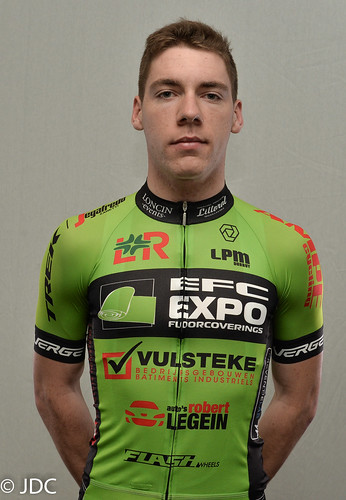 EFC-L&R-VULSTEKE U23 Cycling Team (5)