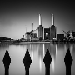 Battersea Power Station (mike-mojopin) Tags: battersea power station longexposure london
