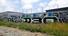 (gordon gekkoh) Tags: graffiti oakland al wire d30 harsh heal wyse hael haeler