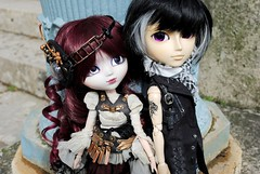 Luan & Alekse (.: Miho :.) Tags: tattoo eclipse couple wolf doll h planning aurora groove pullip custom jun steampunk arion naoto hnaoto taeyang