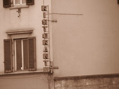 Firenze, Italy (RoccerSoccerDave) Tags: firenze italy street sepia canon powershot sx220hs