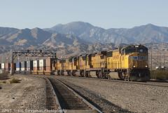 UP 4581 East at Garnett 010807 (Travis Berryman) Tags: unionpacific beaumonthill uprr upyumasub desertrailroading