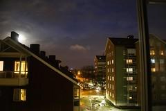 Le View (brandsvig) Tags: månsken måne malmö view night 2017 january sweden evening kväll skåne moon lune moonlight suède sverige canon6d ef28135mm f3556 augustenborg east winter vinter snow snö niege lhiver sky ciel himmel ekostaden