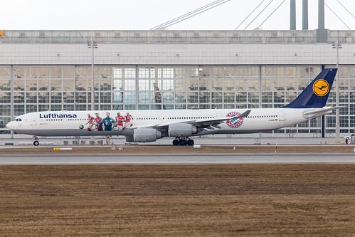 Lufthansa_A346_D-AIHK_Bayern Muenchen cs left side_MUC_20170218_Ground_no sun_0495_Colormailer_Flickr