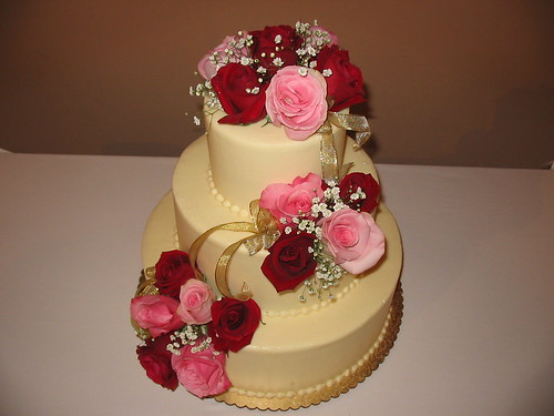 pink wedding cake red wedding cake photo