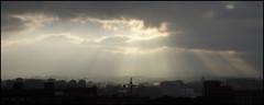 178 (sul gm) Tags: city sky espaa 2004 clouds town spain gijn ciudad asturias panoramic depthoffield cielo nubes diciembre rayos panormica 100vistas salgm ltytr1