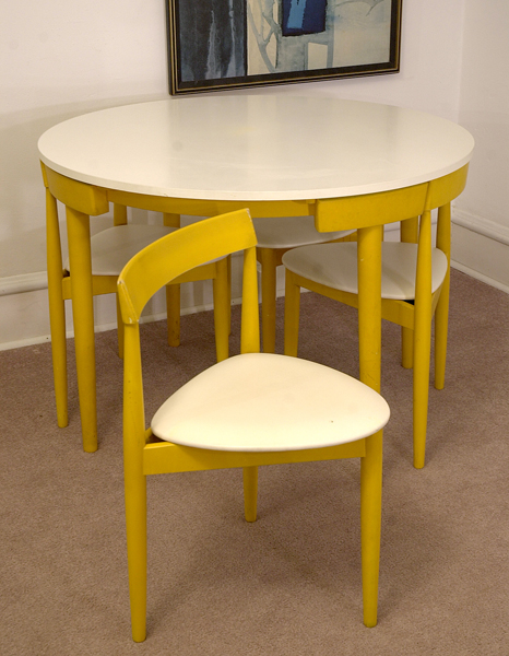 Hans Olsen Frem Rojle Dining Set (chair)