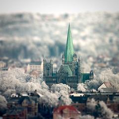 Nidarosdomen Macro (Reitstoen) Tags: winter cold macro church topf25 photoshop miniature topf50 topf75 frost cathedral fake topf300 topf150 trondheim topf100 topf250 topf200 nidarosdomen tiltshift topf400 topf350