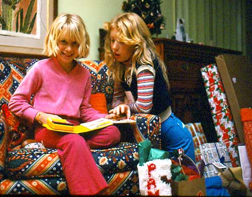 1980 Gates Christmas - Tiff and Kris