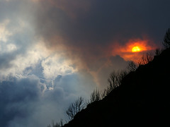 Sunset on Nyiragongo (Ticky L) Tags: sunset sun volcano smoke nyiragongo