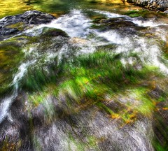 Rushing water by ojaipatrick