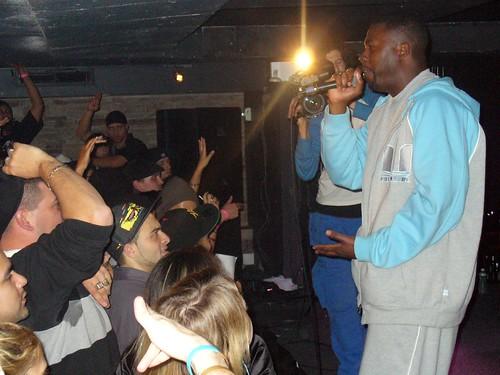 11-22-05 The Genius - GZA @ Crash Mansion (15)