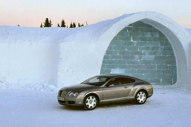 icehotel lapland arcticcircle sweden jukkasjarvi snow ice winter bentleycontinentalgt bentley car 2004