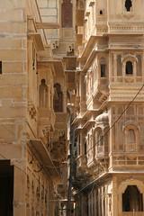 Face-Off in Jaisalmer, Rajasthan (Bill in DC) Tags: 2005 15fav india 510fav wow fv5 1025favs jaisalmer rajasthan eos20d nge 50v5f favorites5 views100 favorites10 views200 bluelist