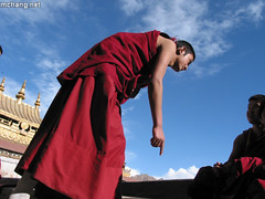 debeting (changhg) Tags: monk tibet jokhang  judgementday50