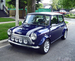 1996 Rover Mini Cooper (Mauricio Meja) Tags: blue minicooper mini cars cooper classic beauty rover car retro original silver chicago chicagoland illinois midwest navy star deluxe