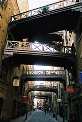 London Bridge Sidestreet