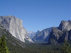 Yosemite National Park (ground.zero) Tags: california park blue sky usa mountain azul landscape view bluesky cu national yosemite halfdome vista elcapitan ceu montanha estadosunidos