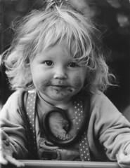 die Schlangenbeschwörerin /  the snake-charmer (Pixelkids) Tags: portrait girl kids mosaic 100v10f toddlers 1001nights top20flickrkids top20kidhallfame interestingness212 naturallightkids i500 123f1 citrit