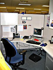 Office Cubical (fensterbme) Tags: wow office interestingness desk cube workspace s400 fenstermacher cubical annotated heavilyannotated computerworkstation interestingness99 explore15dec05 i500